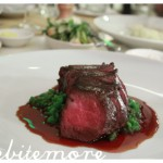 angus rump steak, crushed peas, red wine sauce