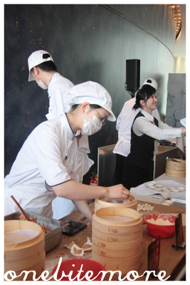 the dumplings makers from din tai fung
